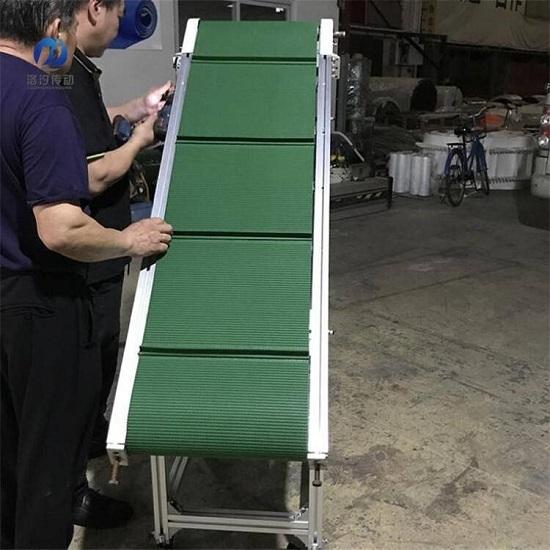 草紋擋板輸送帶安裝圖片